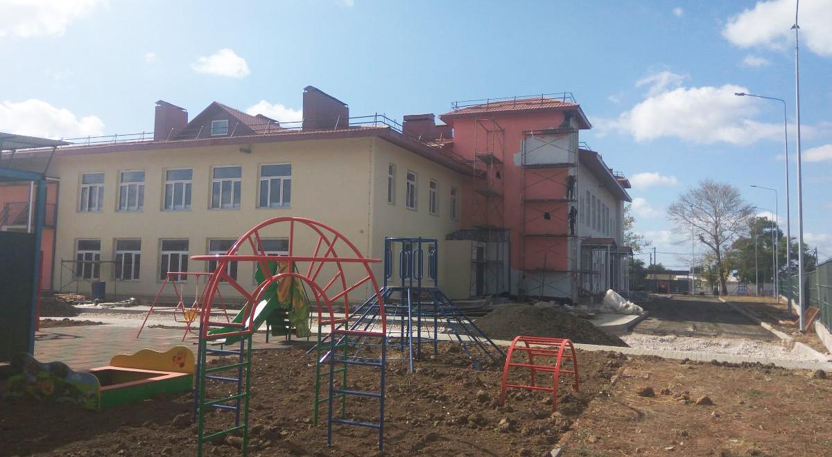 Сотрудники Дирекции проверили строящиеся по ФЦП садики в Сакском районе