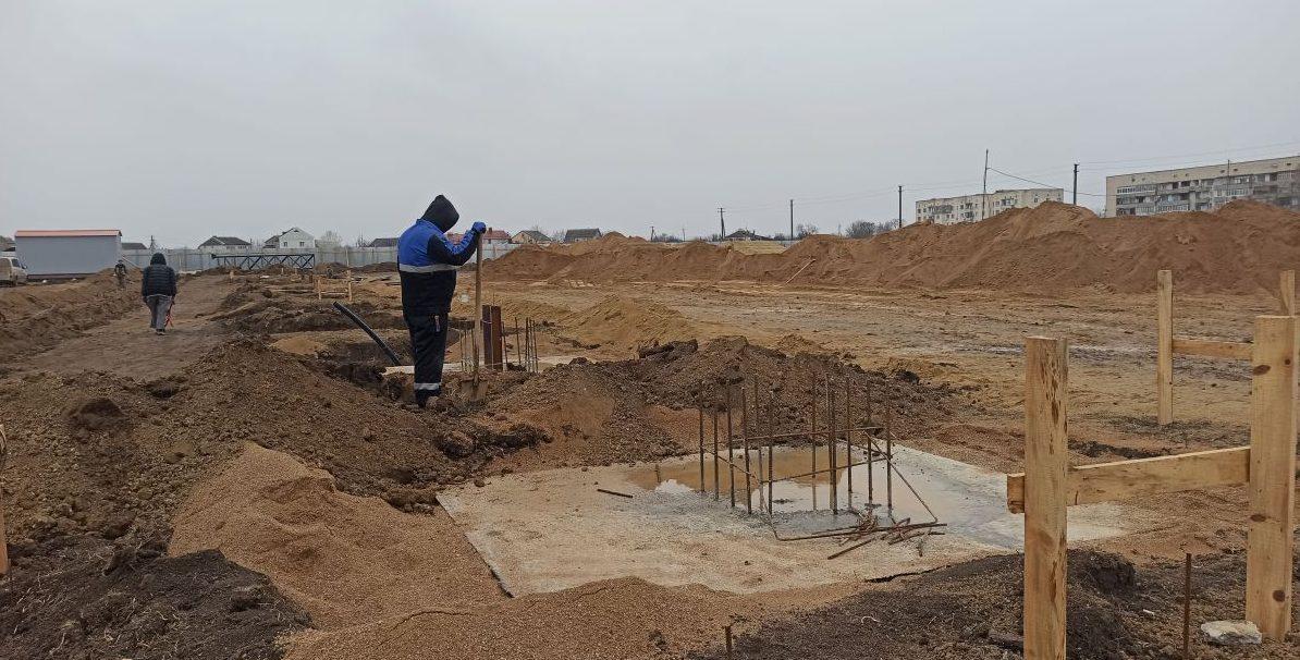 В Кировском районе началось строительство спортивного комплекса