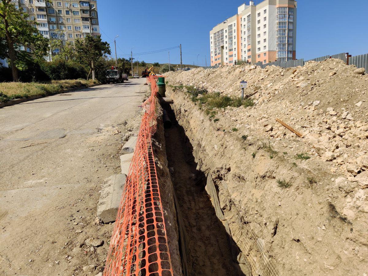 Сотрудники Дирекции проинспектировали строительство объектов инженерной и транспортной инфраструктур Восточного Крыма
