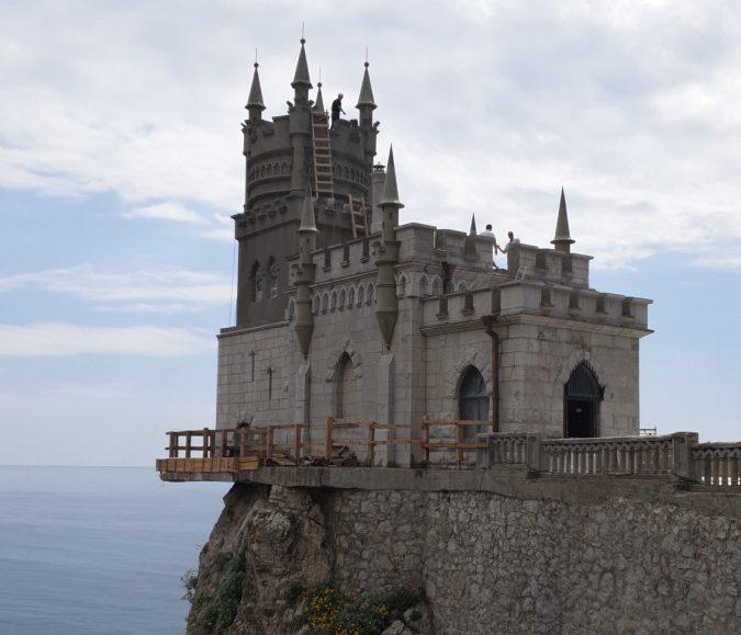 Сотрудники Дирекции проинспектировали ход реставрационных работ на объектах культурного наследия Крыма