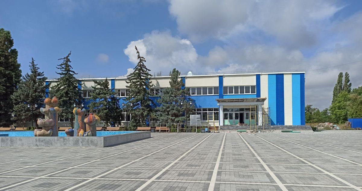 Сотрудники Дирекции проинспектировали объекты в Евпатории и Саках
