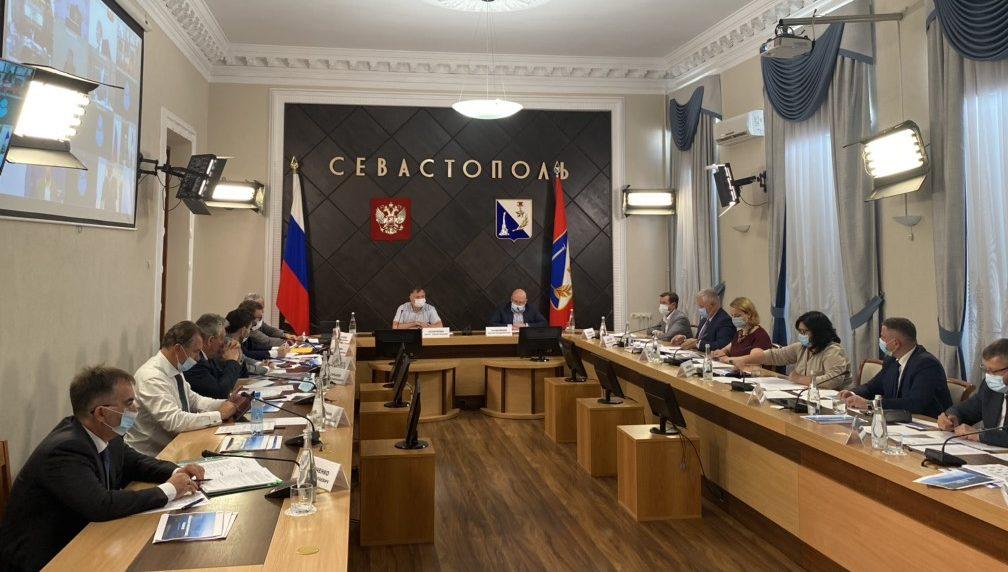 Марат Хуснуллин провёл совещания по ФЦП в Крыму и Севастополе